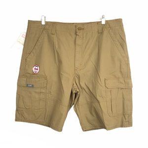 NEW Men's Wrangler Cargo Relaxed Straight Shorts